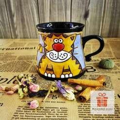 Забавна керамична чаша Коте червен нос
