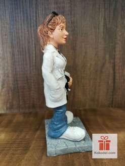 Забавна Статуетка Лекарка
