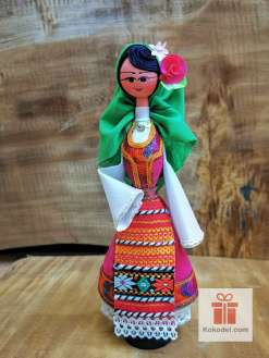 Кукла с българска носия 020