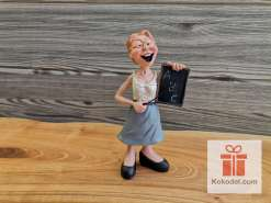 Забавна Статуетка Млада учителка