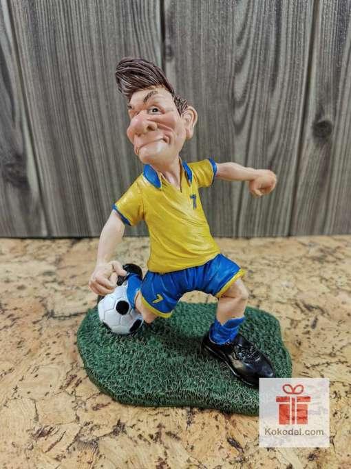 Статуетка футболист син - Забавен подарък за футболен фен